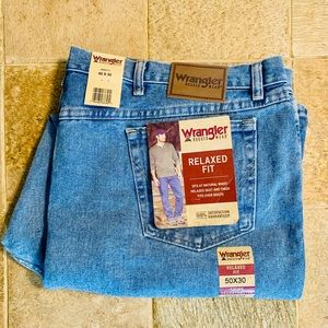 NWT Wrangler Relaxed Fit Rugged Wear 50 x 30 Jeans